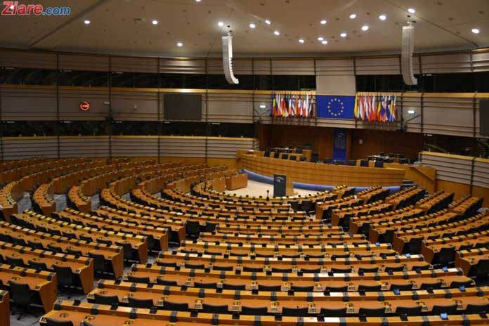 VIDEO // Comisia Europeana transmite un mesaj transant Guvernului PSD-ALDE dupa OUG lui Toader